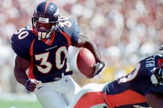 Terrell Davis elected into Hall of Fame