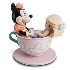 love these disney precious moments. i own this one and hope to own all of them some day.
