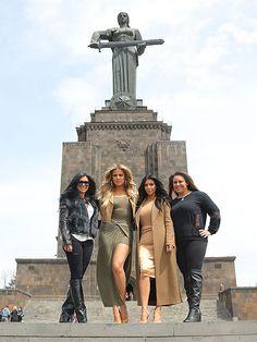 kim-kardashian-01-435.jpg 435×580 Pixel