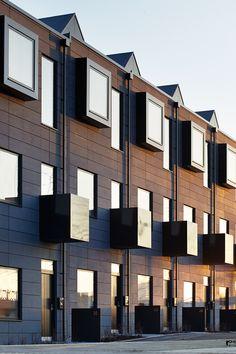 shedkm + urban splash present prefabricated 'hoUSe' scheme