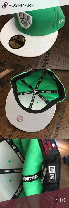 Milwaukee brewers baseball hat Men's fitted milwaukee brewers baseball hat green and white New Era Accessories Hats