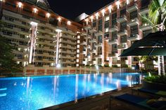 No 1, Residency Road | A stay at ITC Royal Gardenia, Bengaluru places you in the heart of Bengaluru, walking distance from Sree Kanteerava Stadium and Mallya Hospital. This 5-star hotel is within close proximity of Cubbon Park and M. Chinnaswamy Stadium. https://travospot.com/hotel-information/336231/itc-royal-gardenia-bengaluru/