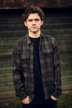 Tom Holland Photoshoot – Visit to grab an amazing super hero shirt now on sale! Tom Holland Photoshoot – Visit to grab an amazing super hero shirt now on sale! Hero Marvel, Marvel Dc, Tom Holand, Tom Holland Peter Parker, Tommy Boy, Men's Toms, Billy Elliot, To My Future Husband, Teen Wolf