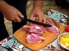 Zalai babos káposzta füstölt csülökkel-Cabbage and beans with smoked por. Smoked Pork, Goulash, Griddle Pan, Stew, Cabbage, Beans, Make It Yourself, Baking, Recipes