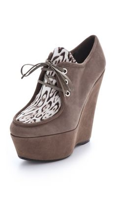 Stuart Weitzman Wallis Lace Up Booties - great with a pair of jeans
