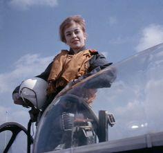 som Lise Jessen, i Jetpiloter fra 1961.