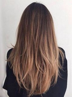long hairstyles | straight hair styles | honey caramel | brunettes | highlights | dark roots | messy