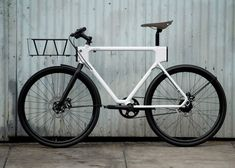 EVO Urban Utility Bike lets cyclists swap clip-on accessories | www.huge-design.com (designers of Jibo)