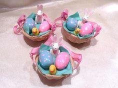 Ostern, Osterkörbchen, Frühlingshänger, 3 Stück, ca. 5 x 4,5cm