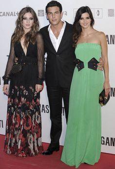 Mario Casas, María Valverde y Clara Lago, protagonistas de la película 'Tengo ganas de ti', en su estreno.