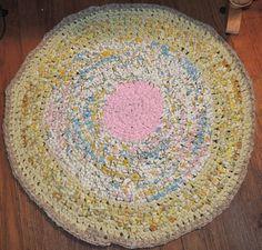"Hand Made Crochet Rag Rug ~NEW 32"" PINKOLISOUS Shabby Country CHIC PERFECT  #PINKOLICIOUSRAGRUG"