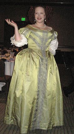 17th Century Gown by sewgirljen, via Flickr