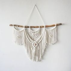 6 Shops For Beautiful Macrame Wall Hangings! #interiordesign #art #walldecor