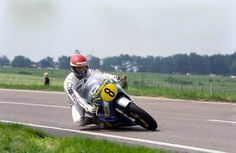 1979 Raalte Wil Hartog Motorcycle Racers, Moto Guzzi, Road Racing, Cool Bikes, Grand Prix, Motorbikes, Vehicles, Classic Motorcycle, Nostalgia
