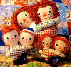 Hugs - Raggedy Ann and Raggedy Andy dolls based on the books by Johnny Gruelle.