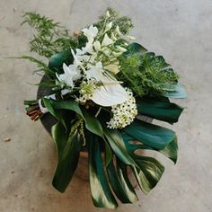 Bulb Flowers (@bulbflowers_ct) • Instagram photos and videos Bulb Flowers, Bouquets, Exotic, Floral Wreath, Wreaths, Photo And Video, Chic, Videos, Modern