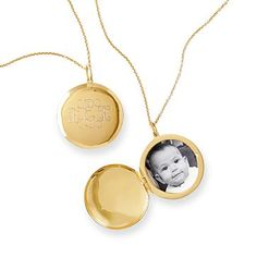 Classic Gold Locket Necklace #makeyourmark