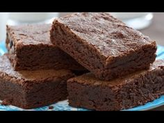 Recipe for Cinnamon Brownies. This fudgy chewy brownie has the perfect balance of rich chocolate flavor and warm cinnamon spice. Cinnamon Brownie Recipe, Cinnamon Cupcakes, Brownie Recipes, Dessert Recipes, Chewy Brownies, Mccormick Recipes, Pecan Cookies, Crunch, Summer Desserts