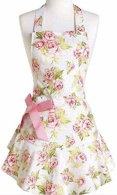 Pink Cottage Rose Apron ♥ L.O.V.E. So Pretty!