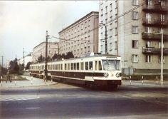 Kolejka WKD (EN94) do Komorowa - Warszawa, ul. Szczęśliwickia róg Wery Kostrzewy (1975) Wkd, Old Photography, Central Europe, Popular, City Photo, Street View, Explore, 1975, Travel