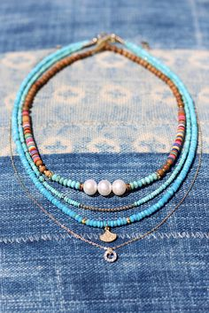 Boho Choker w Colorful Vinyl Pearls Turquoise Vinyl Record Beads African Vinyl Festival Style Dainty Layering Sandalwood Hippie - - Cute Jewelry, Boho Jewelry, Beaded Jewelry, Jewelry Accessories, Handmade Jewelry, Beaded Bracelets, Tribal Jewelry, Skull Jewelry, Western Jewelry