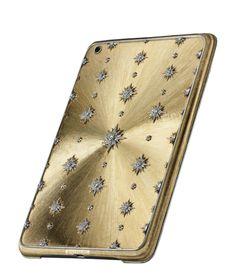 La coque d'iPad Unica de Buccellati http://www.vogue.fr/joaillerie/le-bijou-du-jour/diaporama/la-coque-d-iphone-unica-de-buccellati/18365#!la-coque-d-039-ipad-unica-de-buccellati