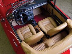 Fiat Dino Spider interior