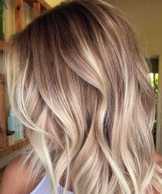 45 Bombshell Blonde Balayage Ideas