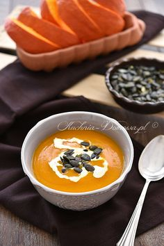 Kürbiscremesuppe - Apocalypse Now And Then Paleo Fall Recipes, Fall Soup Recipes, Fall Dinner Recipes, Clean Recipes, Healthy Fall Soups, Cream Of Pumpkin Soup, Easy Snacks, Clean Eating, Good Food