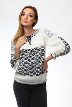 Ie tricotata alba cu imprimeu traditional negru 3062 - Ama Fashion Grey Pattern, Black Sweaters, Knitwear, Black And Grey, Graphic Sweatshirt, Sweatshirts, Shopping, Traditional, Fashion