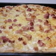 Tejfölös pompos | Töki pompos Hungarian Recipes, Little Kitchen, Hawaiian Pizza, Macaroni And Cheese, Bakery, Recipies, Food And Drink, Cooking, Ethnic Recipes