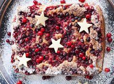 Kaneli-karpalopiirakka | Reseptit | Anna.fi Kaneli, Cranberry Pie, Desserts, Recipes, Food, Postres, Deserts, Recipies, Dessert