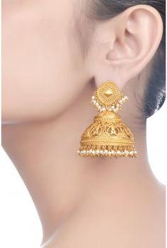Gold And Silver Earrings Gold Jhumka Earrings, Gold Earrings Designs, Gold Jewellery Design, Indian Earrings, Ear Jewelry, Pendant Jewelry, Jewelery, Silver Jewelry, Jewelry Bracelets