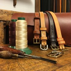 Belts made of full-grain leather, vegetable tanned, solid brass and the skill of Leonardo Guizzetti