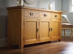 Farmhouse Country Oak 160cm large oak sideboard.Avery popular design of rustic oak sideboard to match up great with any of our Country Oak dining furniture.Hand made with dovetail joints on all drawers. 100% solid wood drawers and backs. No ply.Dimensions: W1600mm x D440mm x H830mm Stunning new photo showing the large oak sideboard in high resolution.