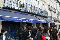 Pasteis de Belém - Lisbonne / Pastel de Nata Broadway Shows, San, Places, Voici, Travel, Gluten, Pastries, Pastel De Nata, Kitchens