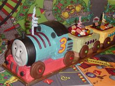 Easy to Make Train Cake | how to make a thomas the tank engine kids birthday cake recipe how to ...