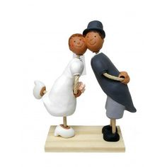 The Bubinots Collection Bridal Couple Bubinots 2009 by Handmade and hand-painted figures, http://www.amazon.co.uk/dp/B00DG1I06Q/ref=cm_sw_r_pi_dp_0HUWrb07T4QGY