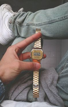 // Gold Casio http://neonwatch.tumblr.com/post/101744918811
