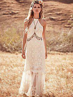 Free People Bridal Dresses | Dream wedding gowns of Award-winning Photographer Heleyna Holmes. Heleyna Holmes Photography | Seattle Washington