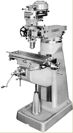 Bridgeport Series One ram-head Milling machines. The world's most successful and so widely copied milling machine. Antique Tools, Old Tools, Vintage Tools, Vertical Milling Machine, Lathe Machine, Cnc, Metal Mill, Bridgeport Mill, English Wheel