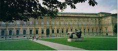 Alte Pinakothek : http://www.dermuenchenblog.de/sehenswuerdigkeiten/alte-pinakothek/    Foto: Markus Würfel; Lizenz: CC BY-SA-3.0
