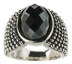 I love this contemporary style of jewelry.
