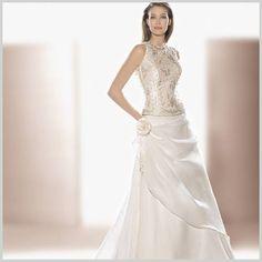 #Vestido de #novia de dos piezas, de venta limitada a existencias en el #outlet de @Innovias por 499 euros incluidos arreglos, falda de #organza y #corsé con cuello caja bordado!
