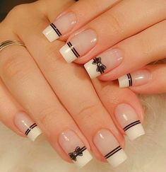 Incredible Valentine's Day Nail Art designs - Page 19 of 52 - Nageldesign - Bow Nail Art, Acrylic Nail Art, Acrylic Nail Designs, French Nails, French Manicures, Line Nail Designs, Heart Nails, Super Nails, Nagel Gel