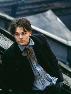 Leonardo DiCaprio as Arthur Rimbaud in 'Total Eclipse. Beautiful Boys, Pretty Boys, Beautiful Pictures, Star Hollywood, Leonardo Dicapro, Jack Dawson, Young Leonardo Dicaprio, I Love Cinema, Famous Men