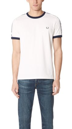 Fred Perry T-shirt - pioneering a new fashion style Fred Perry, the co-founder of the fashion label Fred Perry T Shirt, Fred Perry Polo, Slim Fit Polo Shirts, Tennis Shirts, Streetwear Shop, Shirt Embroidery, Victoria, Fashion Today
