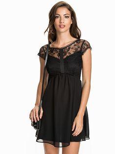 Lace Chiffon Cap Sleeve Skater Dress
