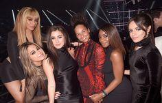 Fifth Harmony with @aliciakeys #VMAs