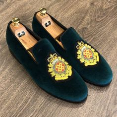476c5bebc72e The LUXE Green Bullion Gold Loafers by OVERALLSPREMIUMBRANDS   overallspremiumbrands  mensshoes  footwear  weddingshoes  menwithstyle   shoeproduction  summer ...
